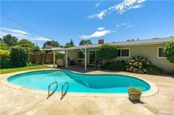 Photo of 1424   Heather Cir   Chico CA