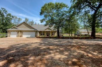 Photo of 28212 Pine Hollow Dr  Shingletown CA