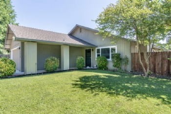 Photo of 2939 Dove St  Redding CA