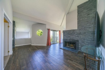 Photo of 410 Ridgecrest Trl  Redding CA